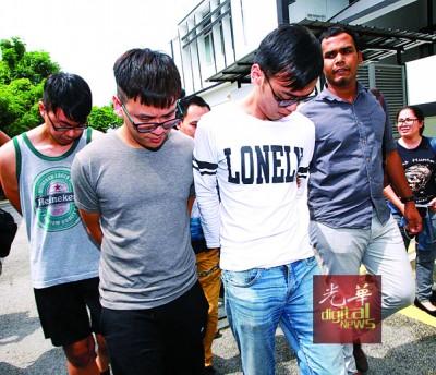 """""""解救普通人""""(JJPTR)创办人李宗圣与2名助理因涉嫌欺骗民众投资金钱游戏,9月26日在欺诈罪名下被控上法庭,3人皆不认罪。"""