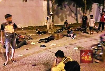 8名少年骑脚车遭轿车撞毙的案发现场。