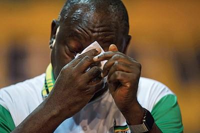 拉马福萨当选后不禁流下男儿泪。(法新社照片)