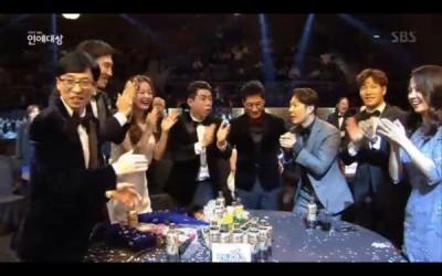 《RM》连拿3奖。