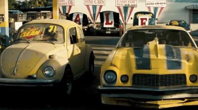 《变形金刚》首部电影中出现的经典一幕。