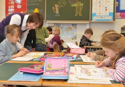 德国大部分小学教师都是女性。