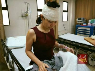 黄绥芸在遇劫后撞到头部,目前仍在私人医院接受治疗。