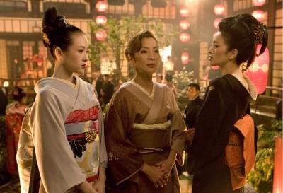 好莱坞电影《艺伎回忆录》网罗章子怡(左起)、杨紫琼和巩俐3大华人女星飙戏,2005年上映时引发不少热议。