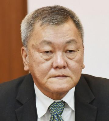 郭显荣:虽然签名运动甫进行,但各地校友反应热烈,更有不少来自国外校友纷纷表态支持。