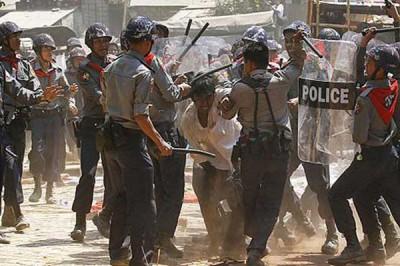 派出所周二继朝一群策划占领政府大楼的如开邦佛教徒开枪。