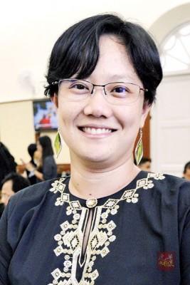 传叶舒惠以个人原因向槟州行动党表明去意不上阵。
