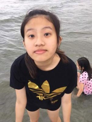 魏紫萱去联,于家人担心不已。