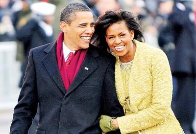 今天全世界对美国领导地位的肯定程度,老大不如欧巴马(左)卸任的时。