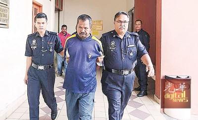 被告莫哈末法迪被控上法庭。