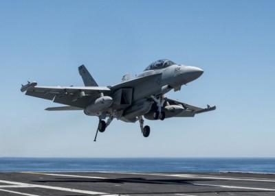 日本或引入美军的EA-18G电子作战飞机。
