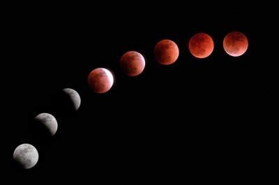 """华很多地方都可观测到难得一被的""""最佳蓝血月""""风光。"""