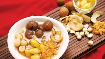 潮州人过年吃糖水,甜蜜庆团圆。