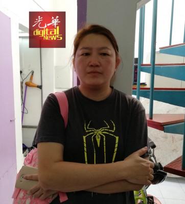 张燕君:以母亲性格,她并不会反抗劫匪。