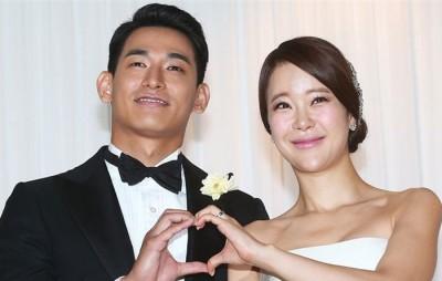 白智英与有些9寒暑的郑锡元深受2013年结婚。