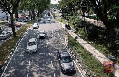 在完成扩建后,当地交通拥堵获舒缓20%。