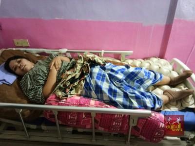 诺艾雅因为一起严重车祸,受了重伤,目前全身瘫痪,无法走动。