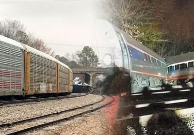 车厢出轨 美国南卡火车发生相撞意外,火车头及几节车厢出轨。