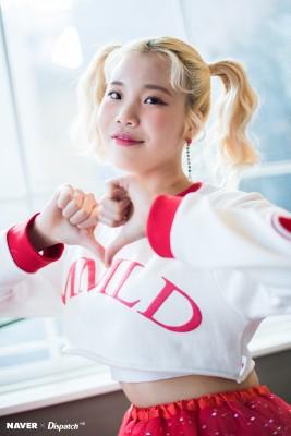JooE外型被批,但她越挫越勇,人气暴涨。