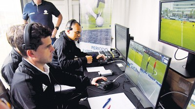 今夏的俄罗斯世界杯上将会使用视频助理裁判技术(VAR)。