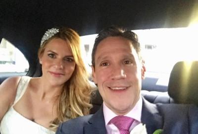 因为一则传错的简讯,让莉纳和麦克最终成了夫妻。