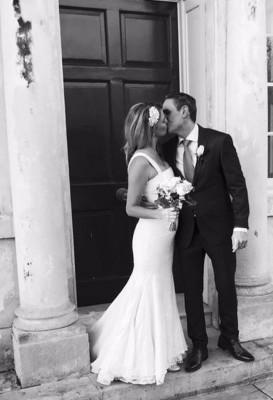 莉纳和麦克于去年12月7日结婚。