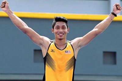 伊斯干上艾威成刷新男子撑杆跳全国纪录。