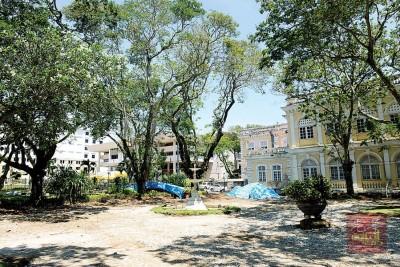 由辜礼欢之孙辜祥德捐建出的喷泉花园建于上世纪1833年,占地约0.35依格。
