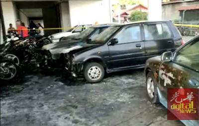 4辆轿车前部车身受到波及。