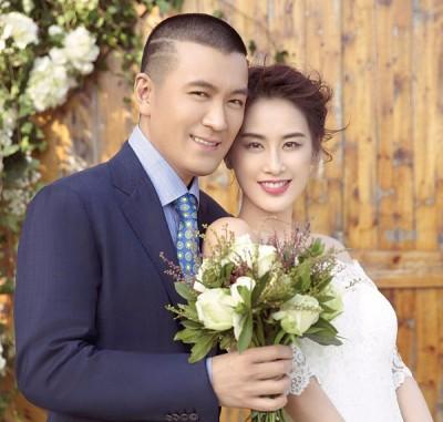 杨子、黄圣依夫妻拍摄了平等组唯美婚纱照。