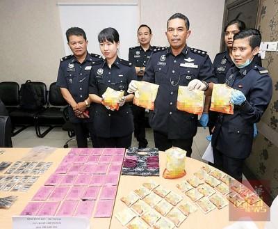毒品包装成茶包企图瞒天过海,但是也难逃警方法眼。
