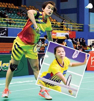许嘉雯搭档邹美君(小图)出战越南羽球赛。