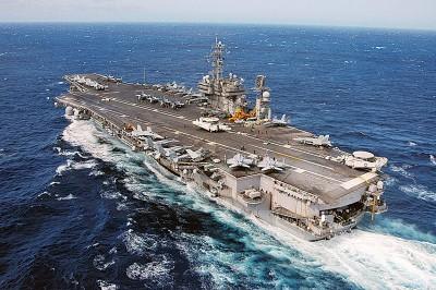 """华海军一条潜艇曾接近美国航母""""小鹰号"""",中美军毫无察觉。"""