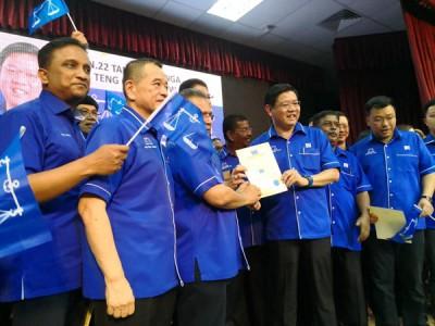 邓章耀获得祝福,准备带领槟州国阵出征大选。