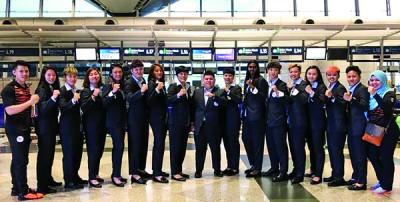 大马女篮队启程前往澳洲前在吉隆坡国际机场合影。