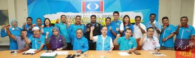 霹雳州公正党周四宣布全国大选竞选5国14州议席。