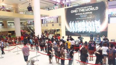 韩国大势男团WANNA ONE随着年底解散前,做世界巡回演唱会《One:The World》,大马站演唱会将为7月21天举行,于WANNABLE颇期望。
