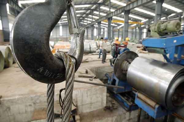 美国商务部宣布对自越南转销中国钢品课征高额关税,时机耐人寻味。