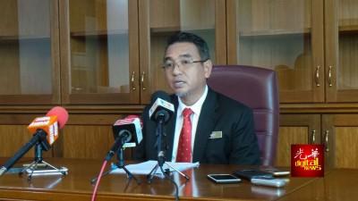 阿德里宣布州政府议决,深化管理力量。