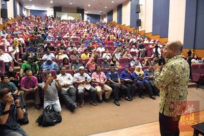 一马总裁阿鲁声称全国的巡回解说会获正面反应。
