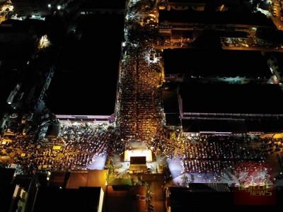 森州希联投票前最后一讲,吸引逾5000人到场一同观赏敦马演说直播。