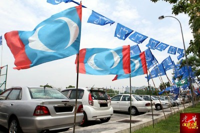 进入竞选期第6天,槟州警方及选委员从4月30日至5月2日在槟威两地接获11宗投报,但警方并没逮捕任何人士。