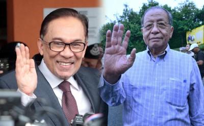 安华及林吉祥挺首相敦马哈迪兼任教育部长。