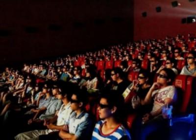 华电影票房今年率先季度超越北美,成世界第一深电影市场。