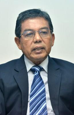 希尔米宣布辞去其在巫统及国阵的所有职位,并退出政坛。