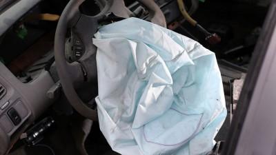 目前仍有至少7万辆安全气囊存有瑕疵的本田轿车仍在路上行驶,一旦有意外发生,后果不堪设想。(图片摘自网络)