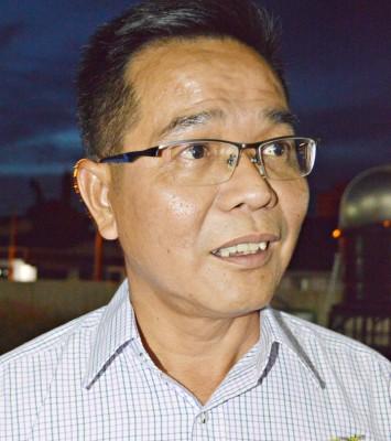 郑再安:缺席玻州务大臣宣誓就职仪式是联系上有差错,是一个误解。