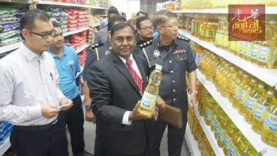 苏慕甘对食油价格感到满意。
