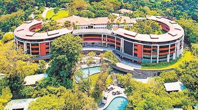 徒金会地点据传可能于新加坡圣淘沙岛之嘉佩乐酒店。(右图)黄永宏负新加坡会分担特金会有用。