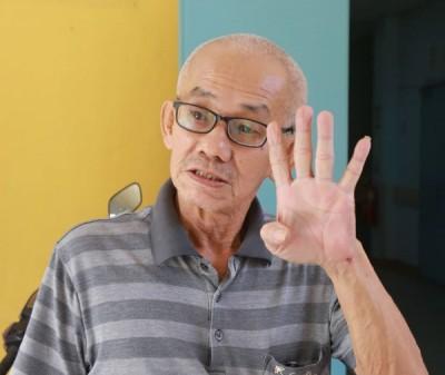 """林联川受访时指他曾高喊4次""""警察打人"""",相信很多人能够听到。"""